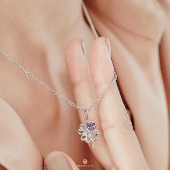 Silver Clover Leaf Amethyst Pendant